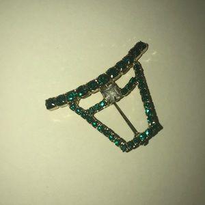 Jewelry - Beautiful gold pin covered in green rhinestones.